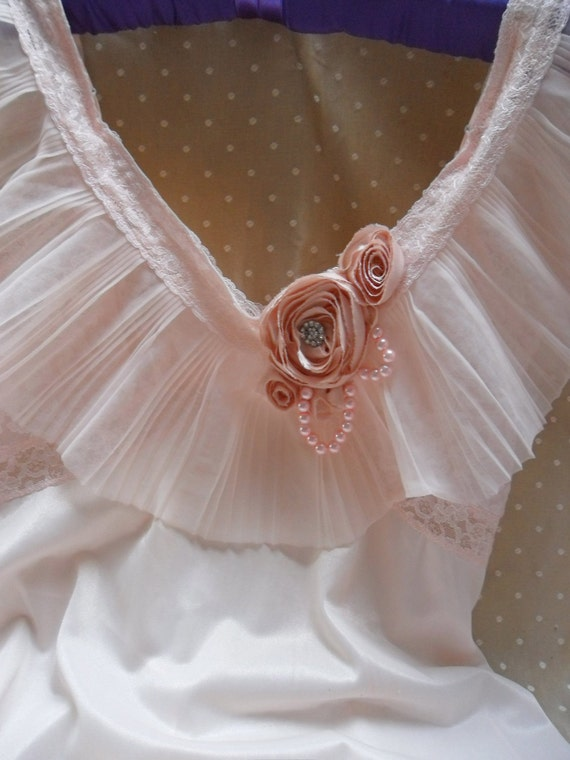 Super SALE - ROARING 20s Flapper Girl 1920s Fringe Jazz Age Speakeasy Great Gatsby   - Vintage Slip Make Over - Pinks