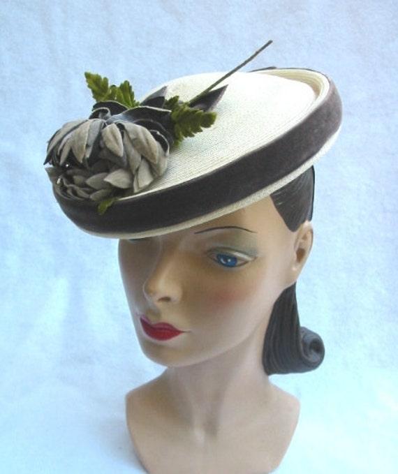 1940's Vintage Tilt Pancake Platter Hat with Velvet Flower