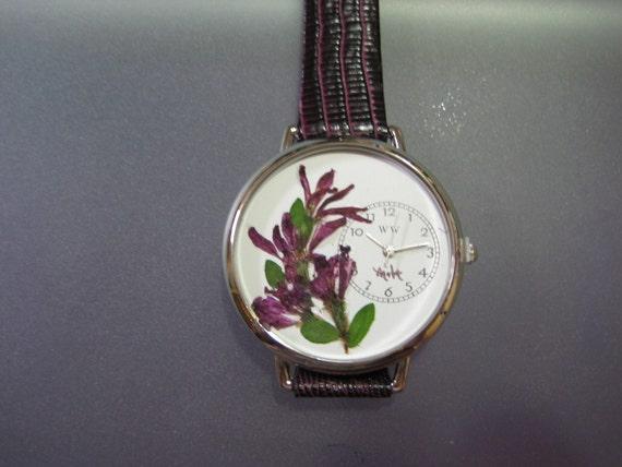 Pressed Flowers Women Watch Handmade Jewelry Purple Flowers in Wrist Watch with Leather Band