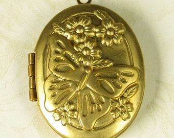 1 Raw Bare naked  Brass Oval Locket with Butterfly 883