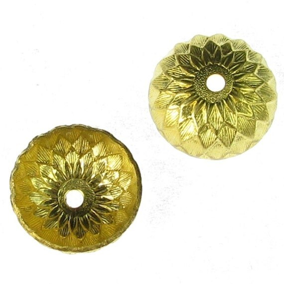 Brass Acorn Bead Cap Jewelry Finding 902 - 12 Pcs