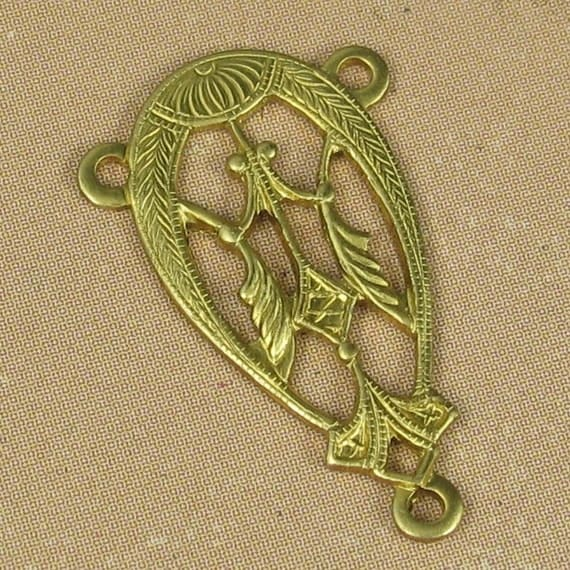 Filigree Pendant Connector In Raw Brass 6 pieces Jewelry Findings 1097