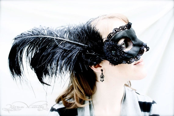 Misery - Sexy Black Masquerade Mask in Satin, Lace, and Handmade Papier-Mache for New Year's Eve