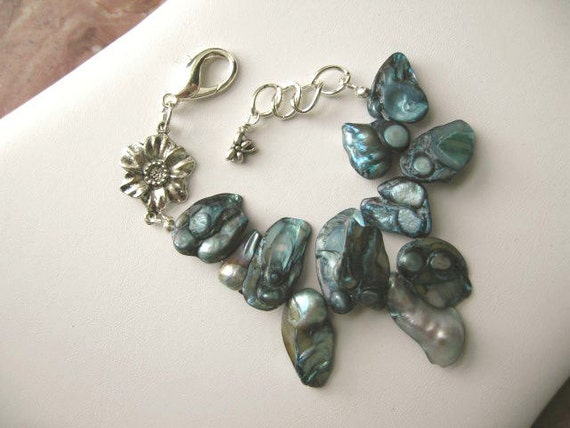 Smokey Blue Spruce ... Baroque pearls bracelet .. #106 or 107?