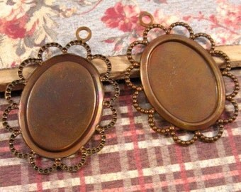 Lace Edge 18x13mm Settings in Vintage Patina - 2 Count