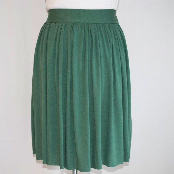 SALE large green jersey skirt