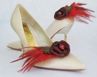 Burgundy Flowers And Feathers Shoe Clips
