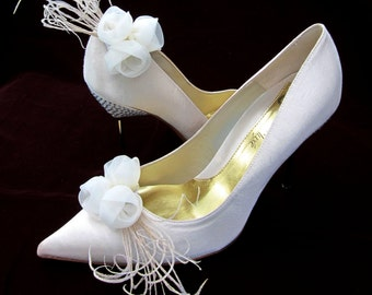 Bridal Shoe Clips Ivory Chiffon Roses With Peacock Feather