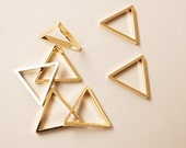 15 pieces of newly made cut raw brass thick tube outline charm in tiny triangle 10 x 1.2 mm with new plating in gold color