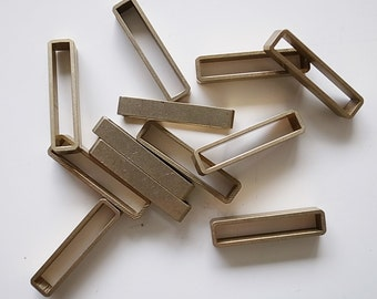 8 pieces of new cut  thick  raw brass tube outline charm in rectangular geometric shape 25x4x6mm