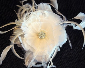 Bridal feather flower fascinator - wedding feather hairpiece- bridal hairpiece