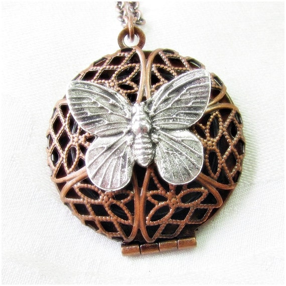 Aromatherapy Scent Pendant with Butterfly