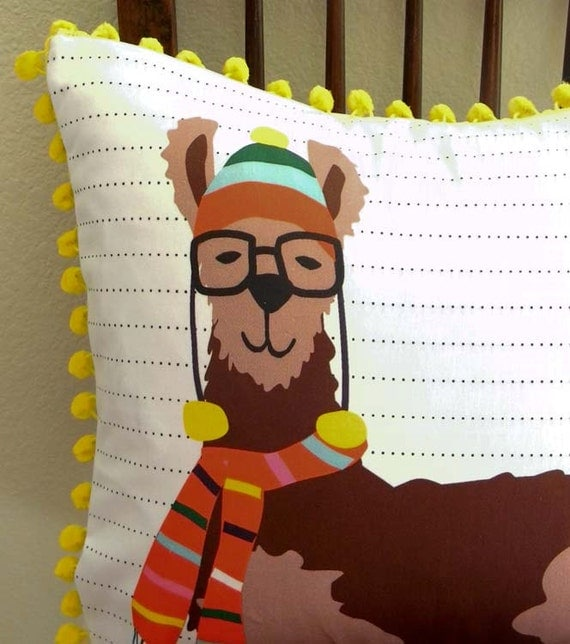 DIY Pillow Panel - Llook Llamas