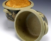 Stoneware Pottery Bread Baker Blue Maple Leaf Design FREE SHIPPING