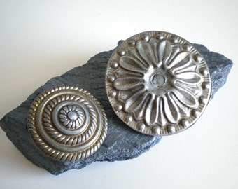 Two Vintage Findings Rosettes Shields Embellishments