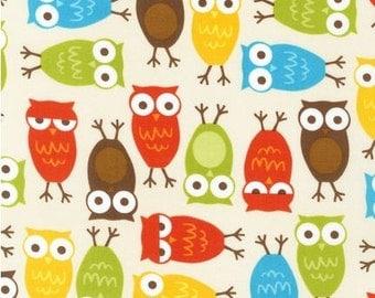 FAT QUARTER - Autumn Colored Owls on Cream Bermuda Urban Zoologie by Ann Kelle AAK-10348-237