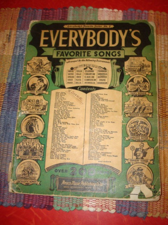 antique paperback EVERYBODYS FAVORITE SONGS music book