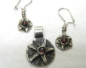 Sea Star gift set earring and pendant with garnet