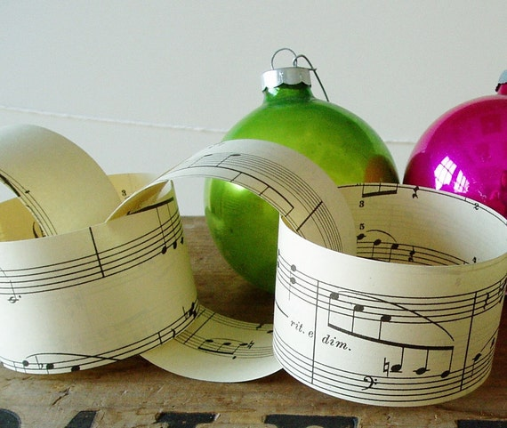 Diy Party Decoration Kit Clusters: Items Similar To Paper Chain Kit Vintage Sheet Music