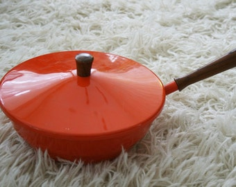 Sale - 4 piece orange fondue pot