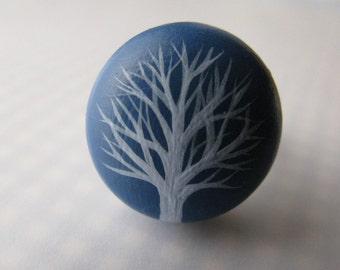 bright blue winter tree ring - adjustable
