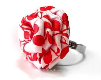 Retro Red Swirl Rose Ring