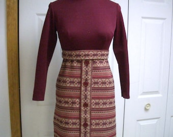 Vintage Mini dress in Maroon and Beige