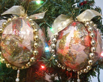 Vintage Christmas Tree Ornaments with Floral and Gold Glitter  - Set of two