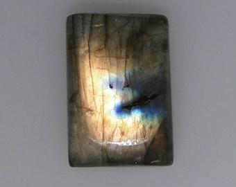 Labradorite rectangular cabochon, multi color flash, 20.50 carats                         043-12-025