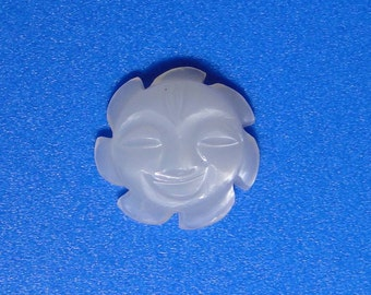 White Moonstone carved hello Sunshine 14mm, 6.50 carats                             047-21-003