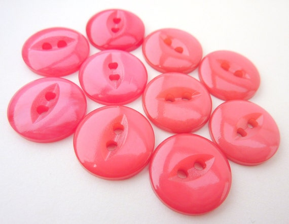 10 x Bright Pink Cat's Eye Buttons