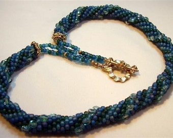 Teal Bead Crochet Necklace - 18-1/2""