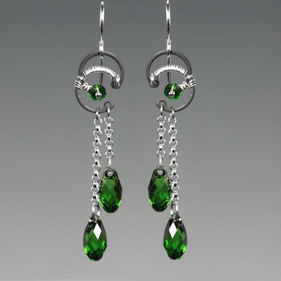 Hyperion II v4: industrial wire wrapped earrings with fern green Swarovski crystals