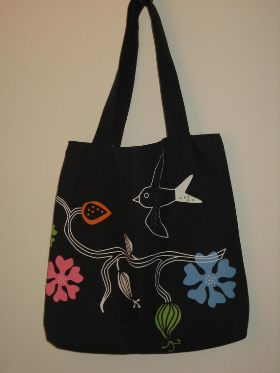 Birdie Tote with Striped Lining