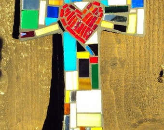 Medium Mosaic Jumbled pieces Cross with heart in center