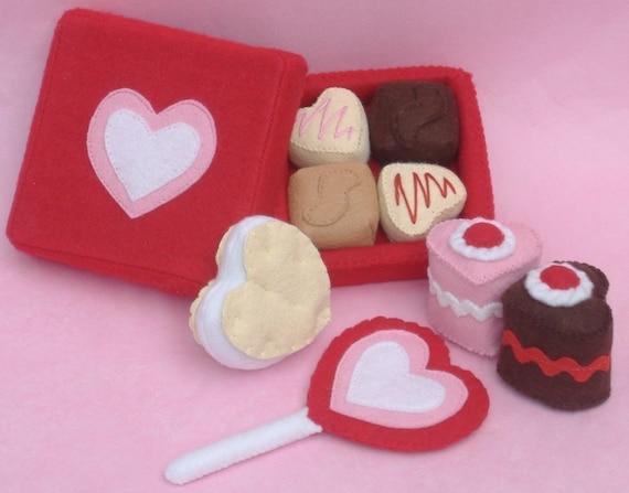 Valentine Sweets Felt Food PDF Pattern - Box Chocolates, Lollipop, Heart Petit Fours  Cakes, Sandwich Cookie