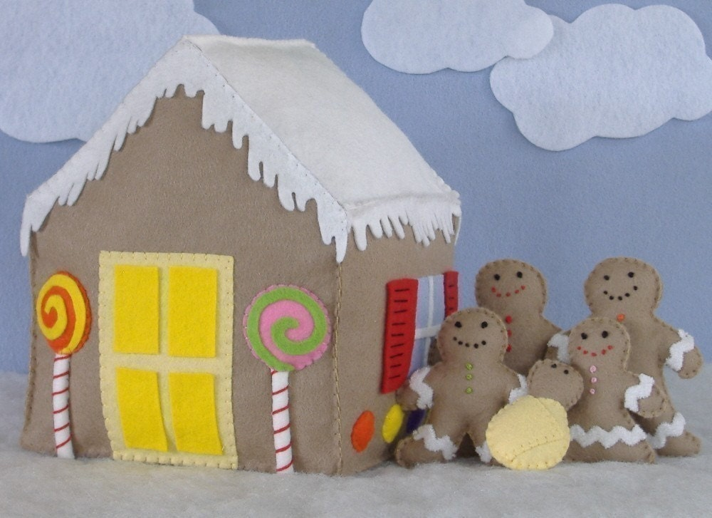 Candy Coated House And Gingerbread Family Felt Food PDF
