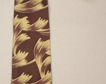 Designer Geoffrey BEENE Neck TIE ABSTRACT Design  brown and yellow1980s Silk  57in