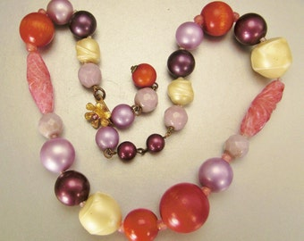 stunning Necklace Robert  De MARIO  Glass Beads Faux Pearls Designer signed 17 in long