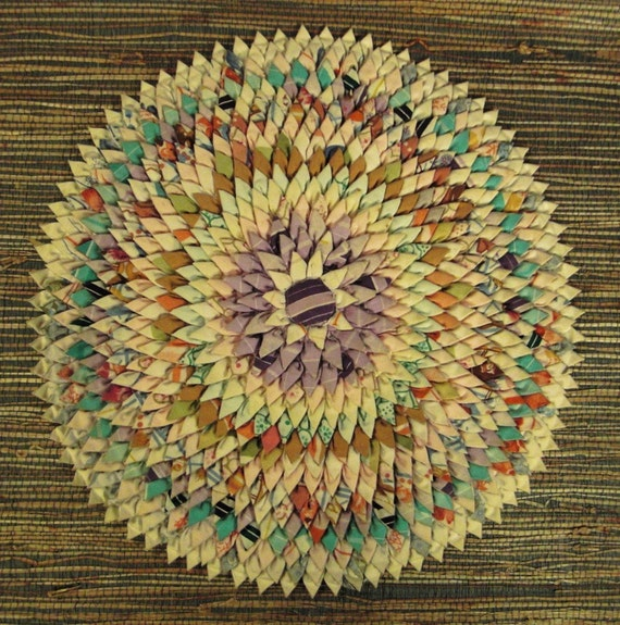 QUILT Top Pine Cone STARBURST Handcrafted in pastels 17 inches Diameter