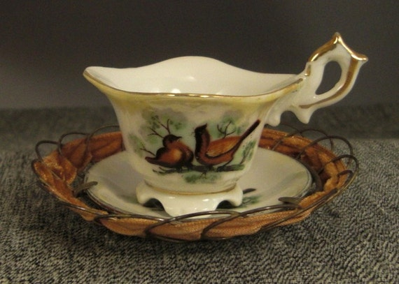 Miniature CUP and SAUCER 1940s JAPAN Birds, Frame Display