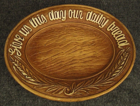 Daily Bread PLATTER Prayer Victorian  MOLDED WHEAT Plastic Vintage  12 X 9 in