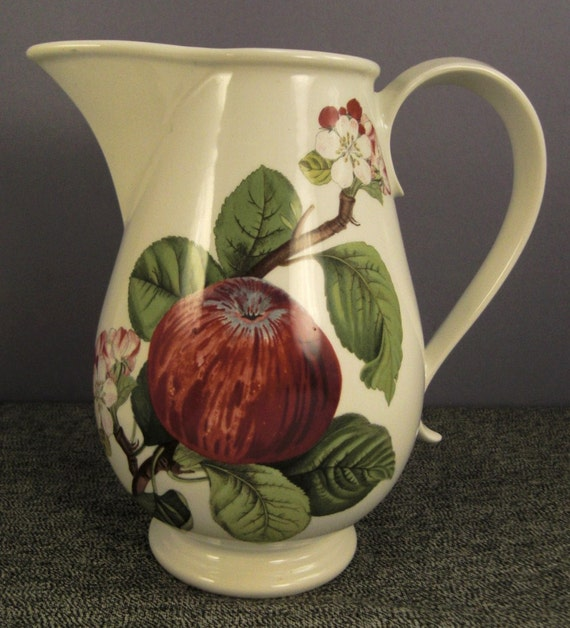 PITCHER APPLE Porcelain PORTMEIRION Pomona design  pottery white  1980s  signed England 7 in tall