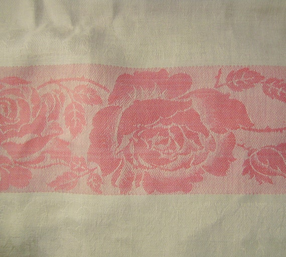 Vintage  DAMASK  and JACQUARD  Tablecloth  White cotton pink Roses 78 x 60