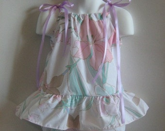 Pillowcase Dress Baby Girl with matching Bloomers. 2 Piece Set. Size 6 Months.
