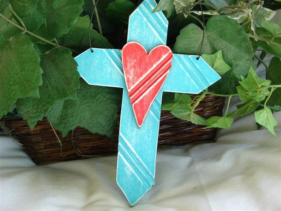 Cottage Style Cross with Heart.