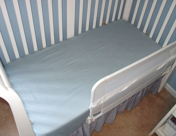 ORGANIC Cotton Crib Sheet or Toddler Bed Sheet, Fitted Cars - RESERVED for alismith123