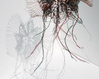 Small Jellyfish wire sculpture