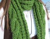 Chunky Green Scarf - Cable Knit Womens Scarf - Long Wool Winter Ladies Neckwarmer - Grass Green