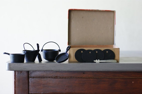 Reserved...              Greycraft Cast Iron Mini Pots and Pans